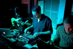 Warren-Daly-WASH-poetry-spoken-work-electronic-music-live-at-Doors-Phnom-Penh-5